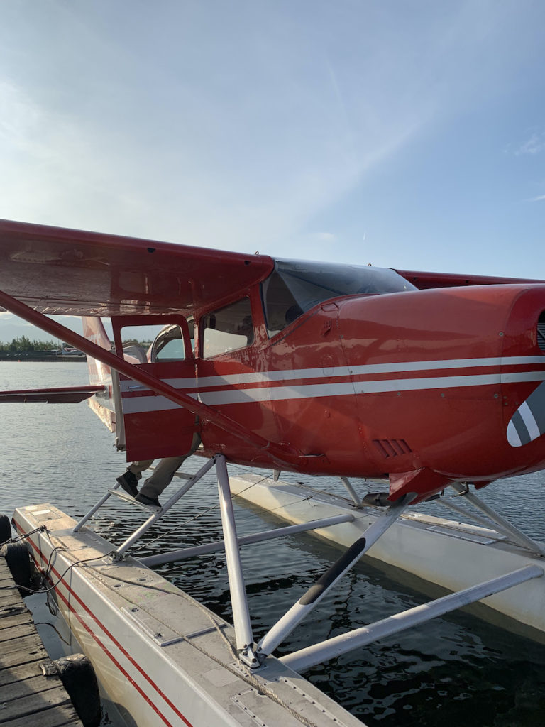 Rusts Flying Service float plant for bear tours